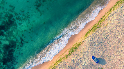 Spoed Fotobehang Luchtfoto Aerial view of ocean waves and sand on beach