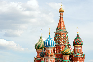 Fototapete - St Basils cathedral on Red Square in Moscow