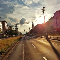 Frankfurter Tor am Abend