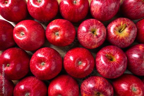 Red apple фестиваль