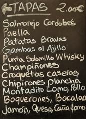 Tapear, comer, Sevilla, Andalucía, España