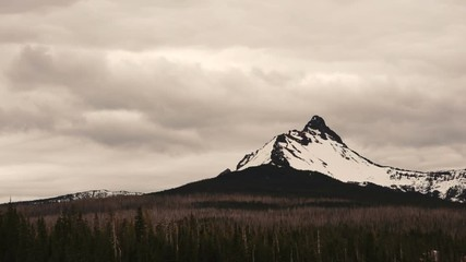Wall Mural - Clouds move fast over Mt Washington and Big Lake