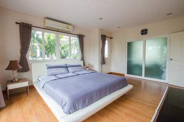 Interior design - Big modern bedroom