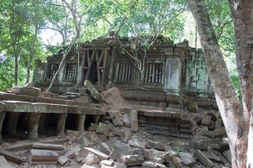 Ruins of Ta Prohm temple