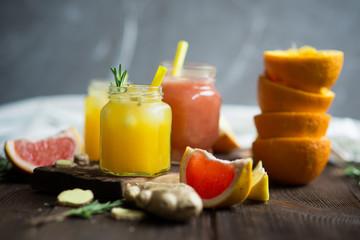 Fresh grapefruit and orange juices