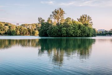 Le lac du Parc de la Tête d'Or à Lyon
