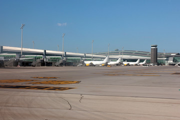 takeoff runway and airfield infrastructure barcelona spain