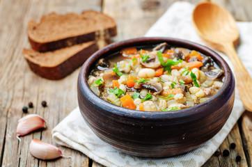white bean soup mushrooms