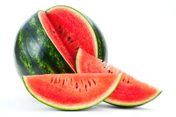 Reife und Saftige Wassermelone auf weissem Hintergrund