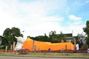 buddha imafe background buddhist statue face Thai gold head Thailand