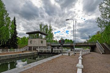 Vaaksy Canal shipping lock