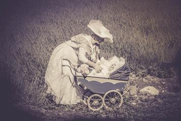 jolie femme et son enfant