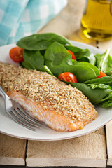 Grilled salmon with nut crust