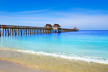 Foto op Plexiglas Napels Naples Pier and beach in florida USA