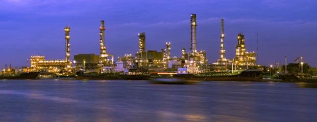 Oil refinery, business industry factory concept can use as backg