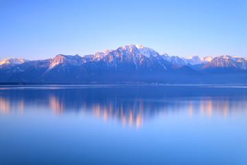 Fotobehang Bergen Switzerland Landscape : Lake Geneva of Montreux