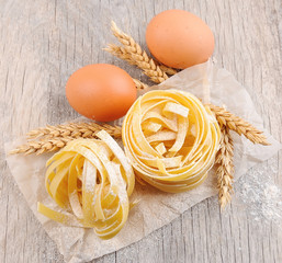 Pasta tagliatelle with wheat and eggs.