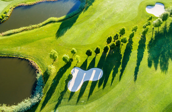 Golf Club - Aerial view - Green & Bunker