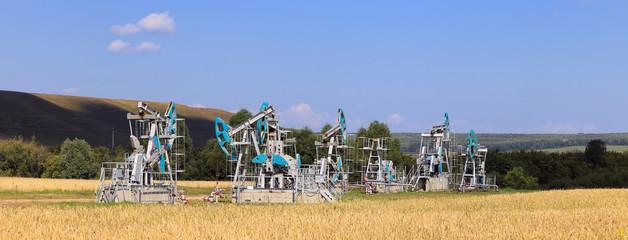 Fototapeta Oil pump in the field