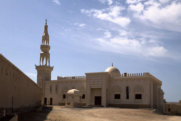 white mosque near Sur