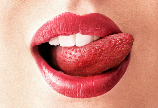 Closeup image of a strawberry tongue