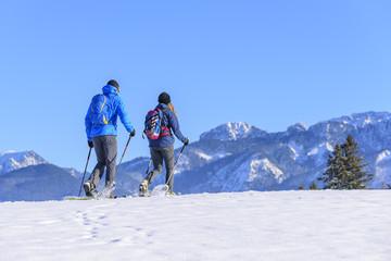 Genußwandern im Schnee mit Schneeschuhen