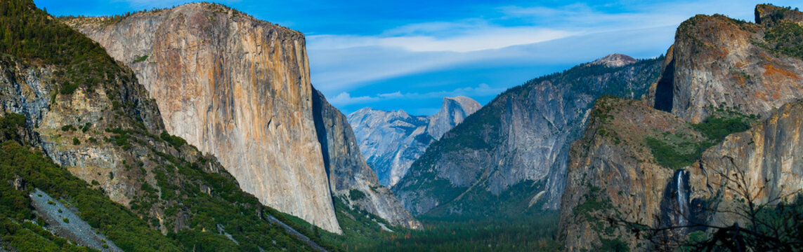 Yosemite panoramic landscape view from Inspiration Point.  Yosemite National Park, California USA.