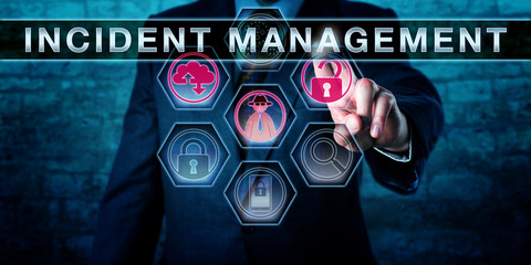 IT Service Manager Pressing INCIDENT MANAGEMENT