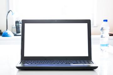 Laptop auf Schreibtisch mit Büroartikel, Arbeiten von zuhause,