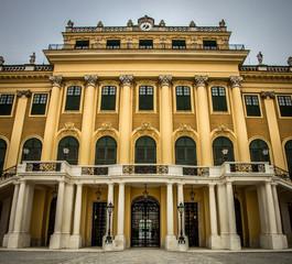 Eingang zu Schloss Schönbrunn in Österreich, Wien, Vienna