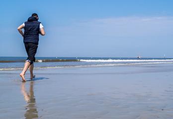 Jogging an der Nordsee