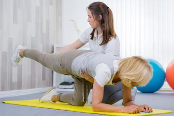 physiotherapie für die beine und den rücken