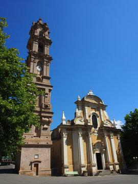Korsika: Barockkirche in der Castagniccia