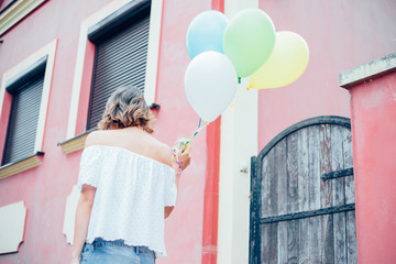 Walking with balloons