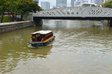 SINGAPORE : River Cruise is another famous tourist sightseeing activities.