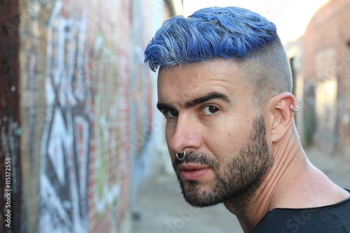 Emotional Glamorous Urban Blue Hair Disco Punk Fashion Style Photo Libre De Droits Sur La