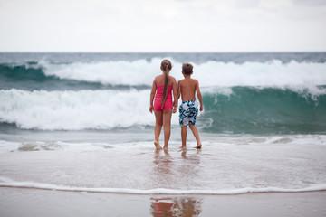 Children and ocean