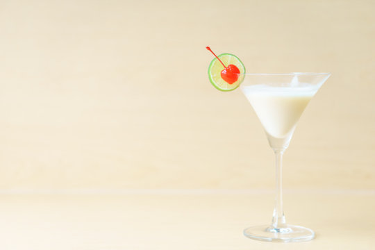 Classic white lady cocktail