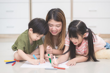 family drawing picture