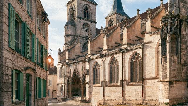 basilica of St. John the Baptist, Chaumont