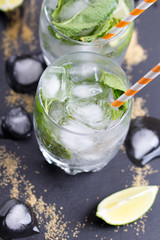 mojito with a lime