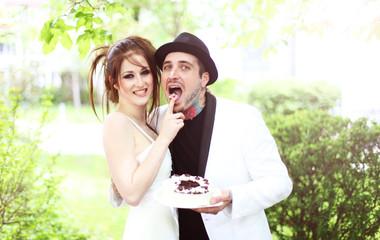 verrücktes Punk Hochzeitspaar