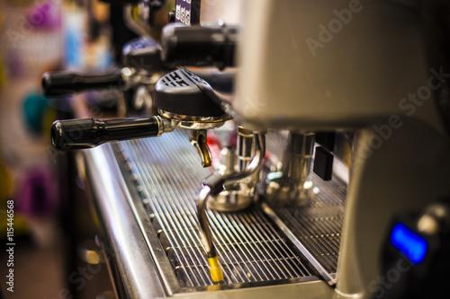 Macchina del caff del bar fotos de archivo e im genes - Macchina del caffe bar ...