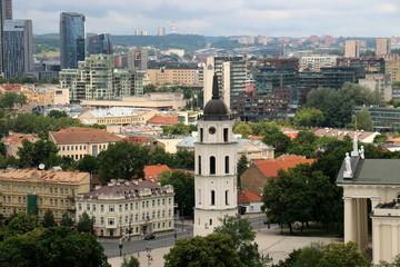 панорама Вильнюса  с колокольни  костела Святого Иоанна Крестителя