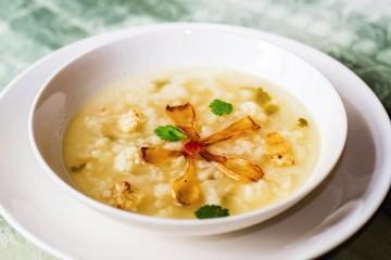 Califlower soup.