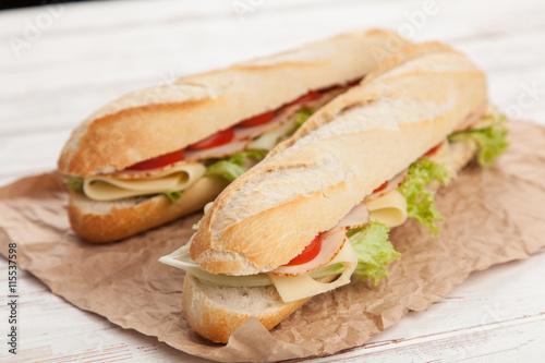 panini grilled sandwich stockfotos und lizenzfreie. Black Bedroom Furniture Sets. Home Design Ideas