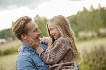 Finland, Uusimaa, Raasepori, Karjaa, Father bonding with his daughter (6-7)