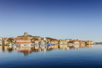 Sweden, West Coast, Bohuslan, Marstrand, Waterfront view of fishing village