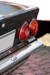 Rücklichter eines klassischen deutschen Sportwagens