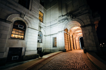 The entrance of the Rhode Island State House at night, in Provid
